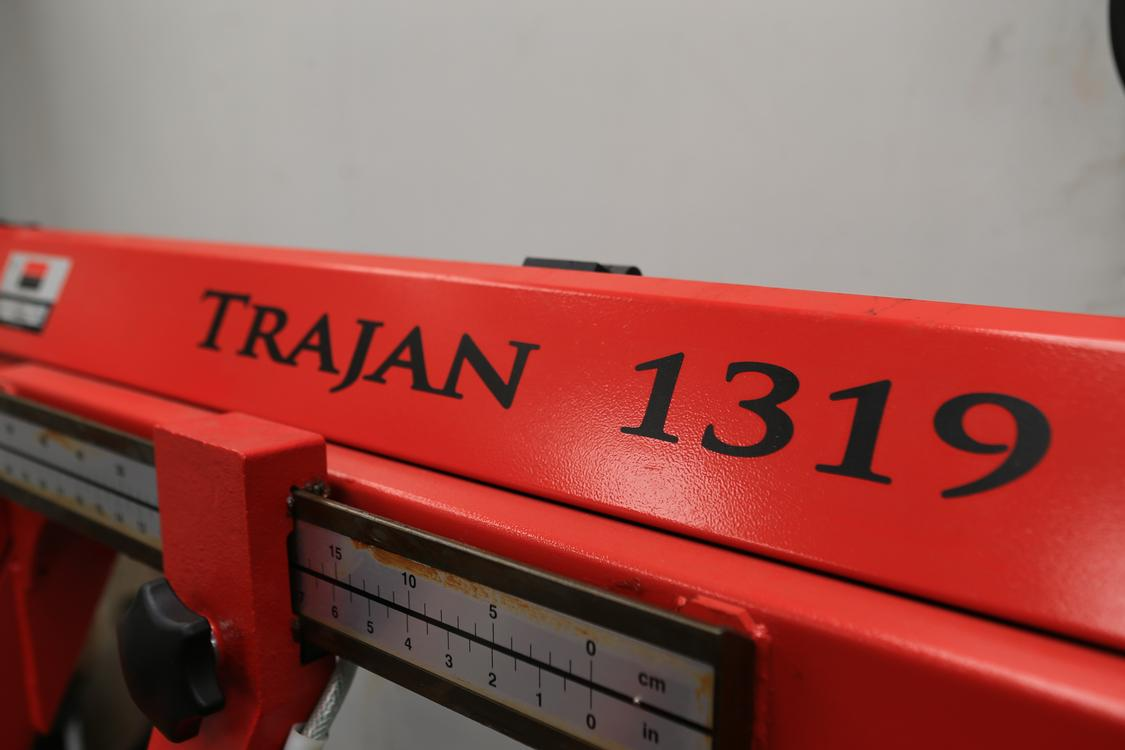 Trajan 1319 Dual Miter Cutting Band Saw